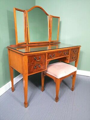 An Antique Style Mahogany Dressing Table Desk ~Delivery Available~