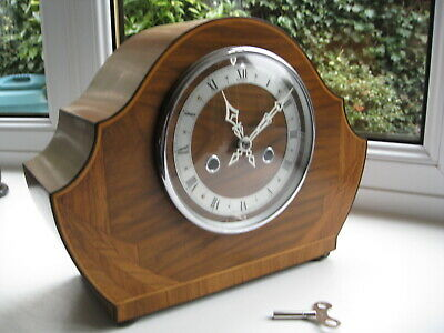 Stunning Art Deco Striking Mantle clock, Working