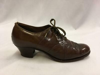 Vintage 1940s  Brown leather Lace up Shoes  Size 4 utility WW2 VE day