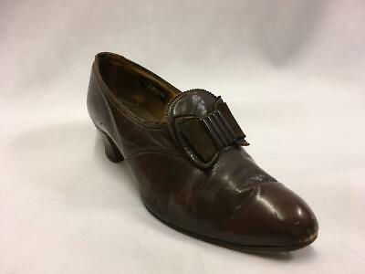 Vintage 1940s  Brown Leather Shoes with bows Size 5.5  utility WW2 VE day