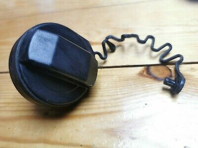 2004-2007 Smart Forfour Petrol Fuel Cap With Anti Lose Cord