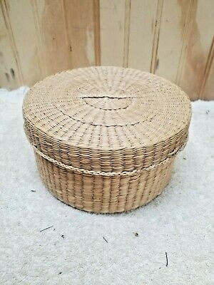 Vintage Small Woven Basket with Lids: Sea Grass, Straw, Bamboo, Tribal