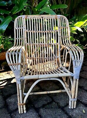 Vintage Retro Cane Bamboo Pretzel Lounge Chair Chinoiserie Hollywood Regency