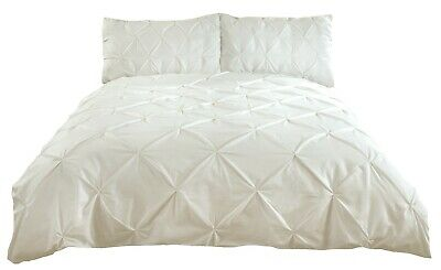 Balmoral Duvet Cover Set - Double Bed Size - Cream - Pleated - Pintuck