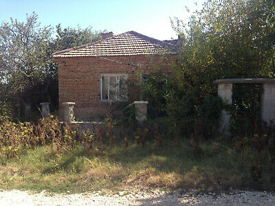 Property house for renovation 2189 sq.m. Varna black sea area overseas Bulgaria