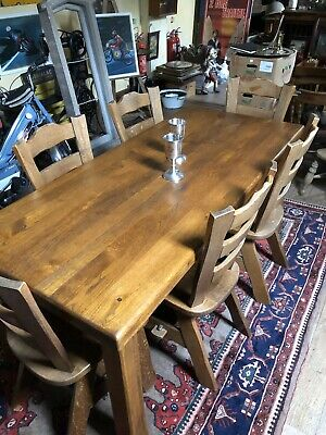 Vintage Solid Oak Dinning Table & 6 Chairs. Arts & Crafts Style