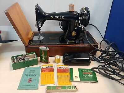Vintage 1955 Singer Electric Sewing Machine in Case with Accessories @12E