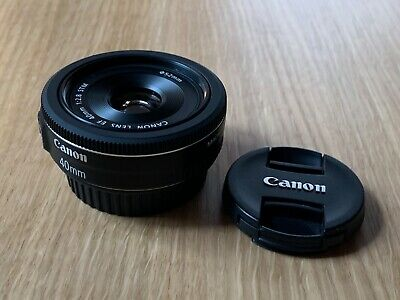 Canon EF 40mm f/2.8 STM Lens - In Great Condition - Minimal Use