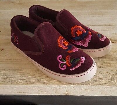 New NEXT Junior Girls Embroidered Floral Slip on Shoes Trainers UK 13 Kids