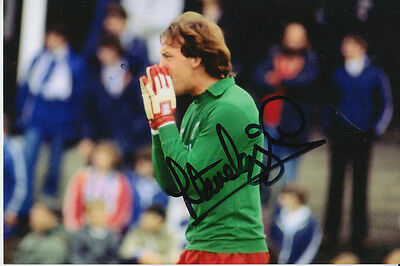 Liverpool Hand Signed Steve Ogrizovic 6X4 Photo.