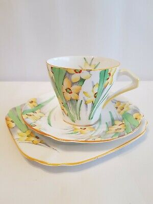Vintage Trio.  Bell China. Mothers Day. Daffodil. Afternoon tea