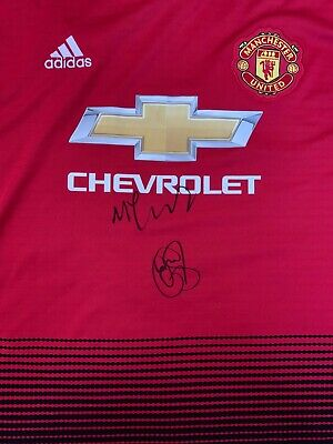 Ole Gunnar Solskjaer And Carrick Hand Signed Manchester United Shirt Proof.