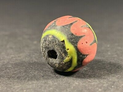 ANCIENT PHOENICIAN COLOURED GLASS BEAD WITH WAVES - CIRCA 700-500 BC 4.8gr 17mm