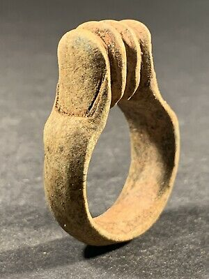 Ancient Egyptian Stone Ring Featuring 2 Fingers Pressed Together Circa 770-332Bc