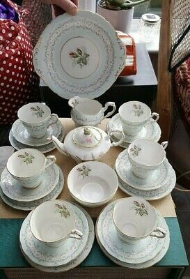 21 PC Paragon Radstock Bone China Tea Set and Cake plate with Roses pattern
