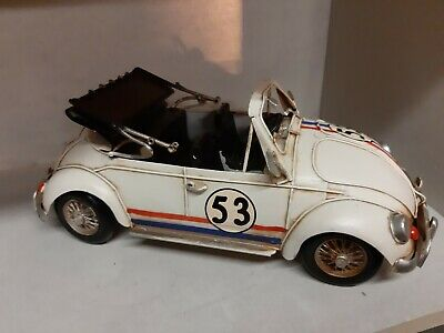 NEW GENUINE VW Beetle Pull Back Toy 1:64 Scale Red Model