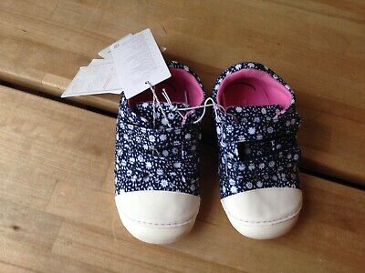 Mothercare Girls Toddlers Blue with White Flower shoes size 6 BNWT NEW