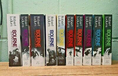Collection 10 Robert Ludlum The Bourne Series Paperbacks 55B