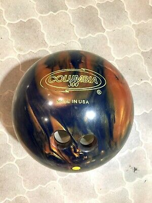 EXC COND! Columbia 300 black/gold bowling ball + carry bag