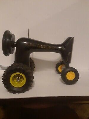 Re-Purposed Vintage singer Sewing Machine into an Tractor