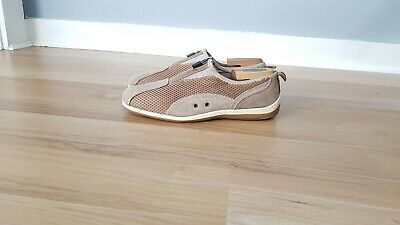 Womens Natural Comfort  Taupe Casual Walking Sneakers Shoes size 8