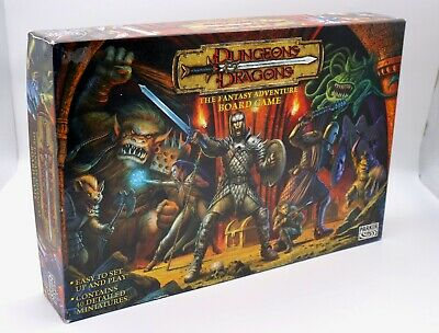 Parker Dungeons and Dragons Fantasy Board Game 100% Complete