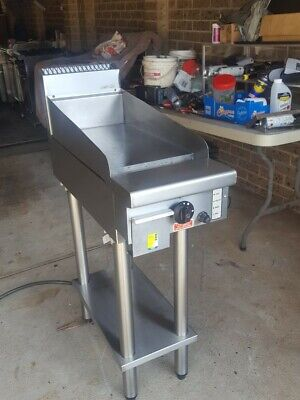 commercial grill / hot plate