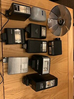Joblot 8 Various Vintage Camera Flashes Nikon Toshiba Mirage Etc Film Photograph