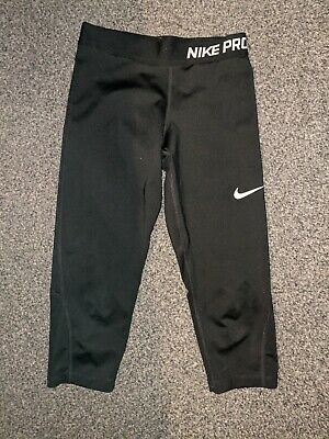 Girls Black Nike Sports Cropped Leggings Age 9 - 10 Yrs