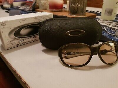 Abandon Oakley Sunglasses With Box And Case