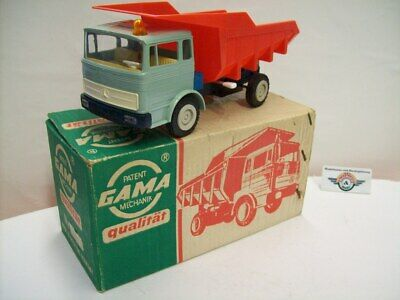 Mercedes 1620 Muldenkipper, 1965, green/red, Gama (Made in Western Germany)