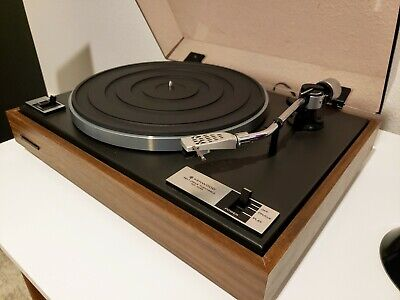 Kenwood KD-1033 Turntable in Excellent Condition