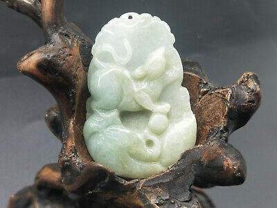AAAAA Chinese Hand-carved aristocratic wearing Jadeite jade pendant mouse