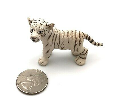Schleich WHITE SIBERIAN TIGER CUB Wildlife Figure 2007 Retired