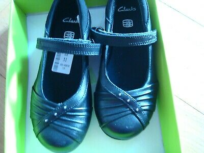 Clarks black leather school shoes size UK 11 H new