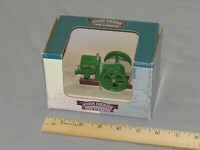 Vintage WATERLOO BOY Type H Gas Kerosene Hit Miss Engine Spec-Cast NIB