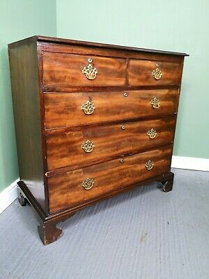 An Antique Georgian Mahogany Chest of Drawers ~Delivery Available~