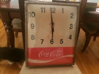 """1960s VINTAGE COCA COLA SODA METAL CLOCK 16"""" LIGHTED AND WORKS"""