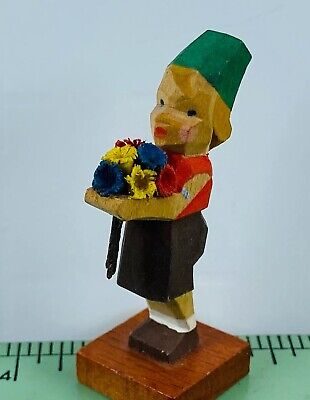 "Vintage Hand Carved Wooden Painted Miniature German Flower Boy Figurine 2"" B01"