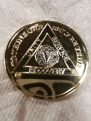 5 YEAR AA GOLD/SILVER Tone Bi-Plated Alcoholics Anonymous CHIP COIN MEDALLION