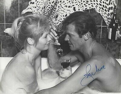ROGER MOORE SIGNED 8x10 GOLD PRESS PHOTO  UACC & AFTAL RD AUTOGRAPH