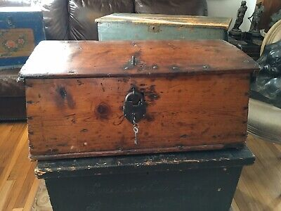 ANTIQUE 18th CENTURY PINE SEA CHEST COLONEL ELISHA SHELDON PROVENANCE TAPERED