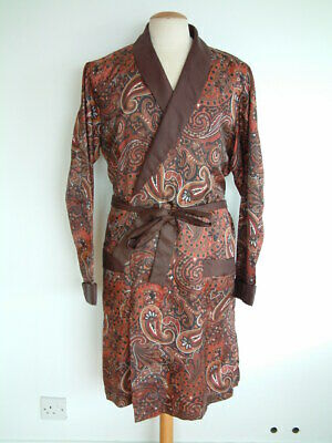 "1960's DRESSING GOWN..PAISLEY..44"" / 46""..XL..MADE IN ENGLAND..CUFFED SLEEVES.."