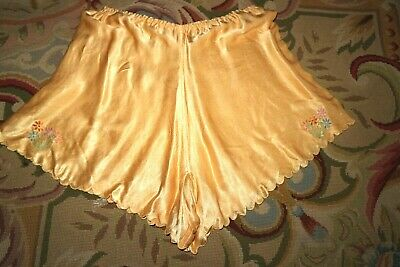 """Vintage 40s Liquid Gold Crepe Satin Cami Knickers w Embroidery Flowers S 24""""/26"""""""