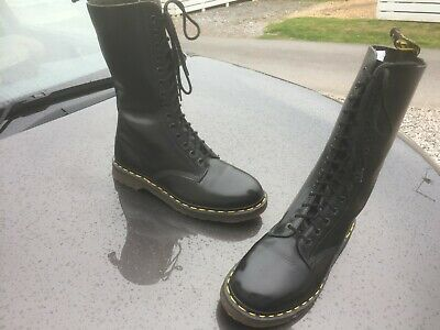 Vintage Dr Martens 1914 black leather boots UK 8 EU 42 Made in England