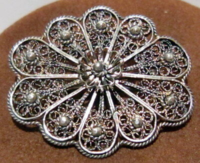 VINTAGE BEAUTIIFUL SILVER FILIGREE BROOCH MADE 19 to 20th CENTURY # 13C
