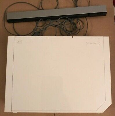 Nintendo Wii White RVL-001 Console Tested GameCube Compatible