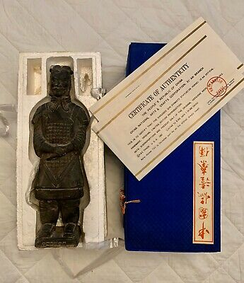 """CHINESE TERRA COTTA CLAY SOLDIER FIGURINE QIN DYNASTY ARMY 9"""" Replica (1982)"""