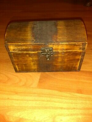 Vintage Wooden Box Jewelry Trinkets 6 1/4 inch long 4 inch tall 4 inch deep