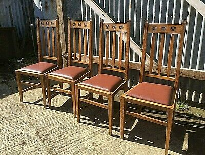 Set Of 4 Oak Arts  And Crafts Dining Chairs